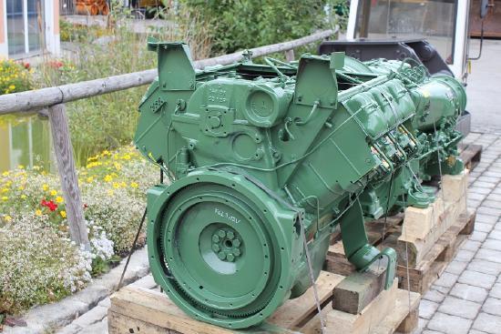 Deutz F6L312V