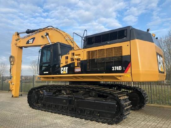 Caterpillar 374DL 2012 only 3300 hours