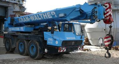 Siirrettävä nosturi - Krupp KMK 3050