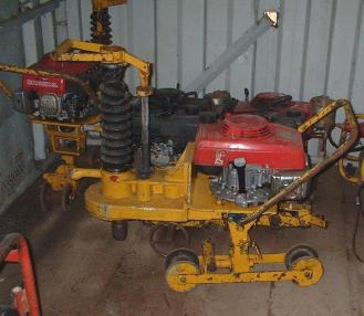Rail construction machinery - Robel Robel Gleisbohrer