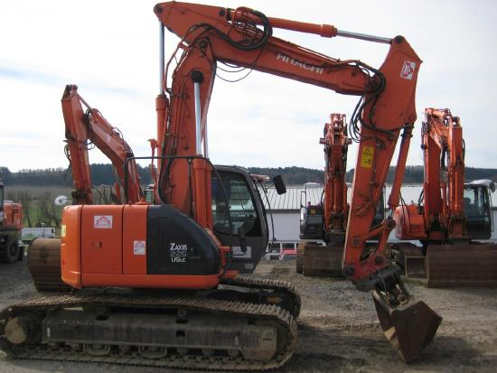 Hitachi ZX225USLC Verstellausleger