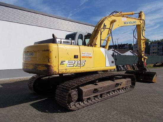 New Holland E215LC