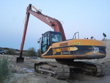 Excavator cu lanţ - JCB 240