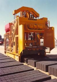 混凝土砌块成型设备 - Knauer Standard - mobile block making machine - Knauer