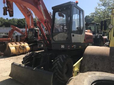 Excavator mobil - O&K MH Plus