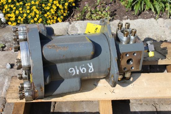 Liebherr R 916