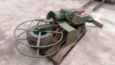Elektronische Seilwinde + Stahlseil