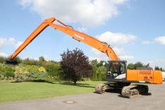 Hitachi ZX 250 LC-5B Long Reach + Erdbauausleger