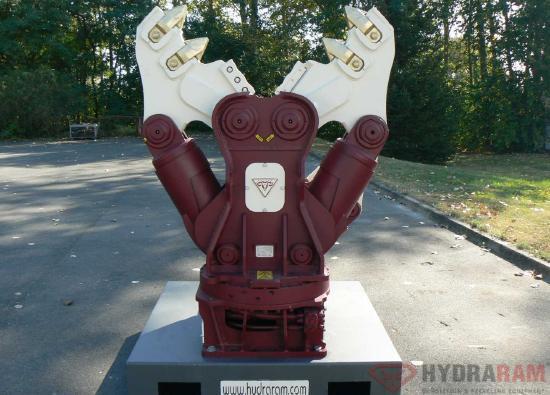 Hydraram HCC-12V | 1230 kg. | 10 ~ 15 t. | Neu!