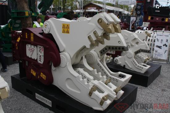 Hydraram MK-70   8960 kg   75 ~ 100 t.   Neu!