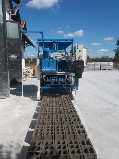 SVP-533 METALIKA Egg Layer Block Machine (Egg laying concrete block making machine)