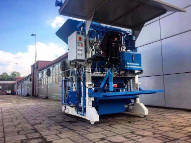 Impianto di produzione di blocchetti di cemento - METALIKA SVP-533